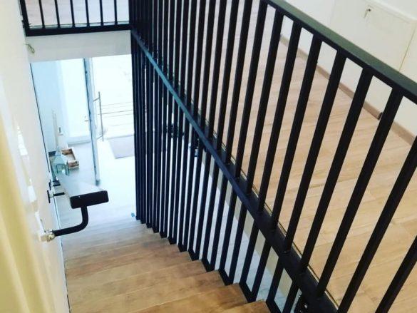Treppengeländer mit Handlauf
