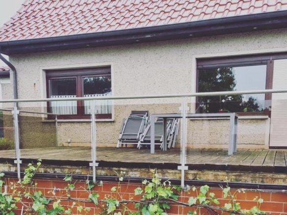 Neu trifft Alt – alte Terrasse mit neuem Glas